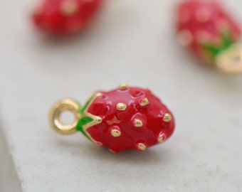 Small Enamel Strawberry Charm Hand Painted Enamel Strawberry 24K Gold Plated Brass Strawberry Fruit Pendant Vintage Jewelry Supplies (AS109)