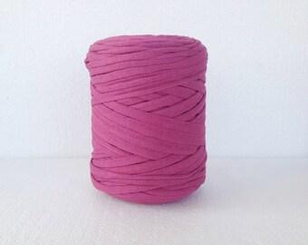 Dark Fuschia Tshirt yarn, cotton zpagetti yarn, t-shirt yarn, spaghetti yarn, T shirt yarn, recycled yarn, fabric yarn, tee shirt yarn