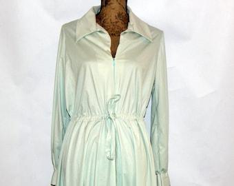 Vintage Robe Dressing Gown House Coat Women's Large Robe Vanity Fair Pale Green