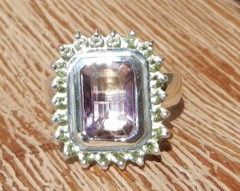 Natural 3.10 ct Amethyst & Peridot Ring  set in Solid 925 Sterling Silver