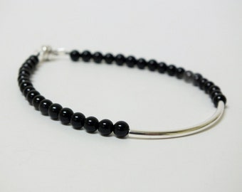 Black and Silver Beaded Bracelet Minimalist Design, Magnetic Clasp