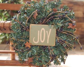 mini wreath with joy sign