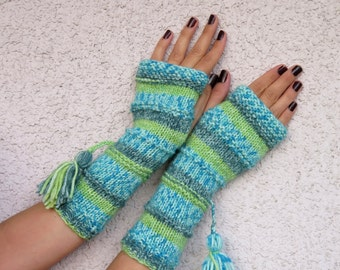 Knit Fingerless gloves in mint green color, Fingerless  mittens, Long knit gloves, Boho knit glove mittens, Girl's wool fingerless gloves.