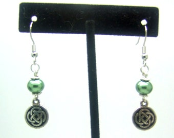 Celtic Knot Earrings, Dangle Earrings, Beaded Earrings, Silver Earrings, Green Earrings, Spiritual Earrings, Wiccan Earrings, Earth Earrings