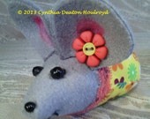 "CDH ""Three Blind Mice..."" Infant Mouse Doll or Pin Cushion 4"" Red Yellow Flowers With Daisy #60"