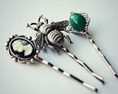 silver vicotrian bobby pin set, bee bobby pin, cameo bobby pin, green ston bobby pin, insect hairpins, cameo hairpin, unique bobby pins