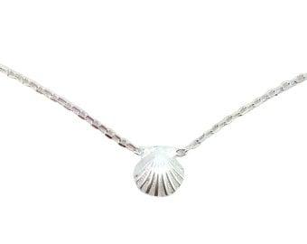 """Tiny Sunrise Shell Necklace 16"""""""