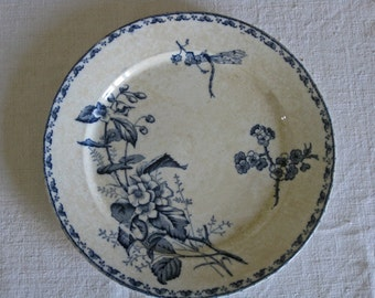 Sarreguemines plates with dragonflies - Carmen pattern - pair of blue and white transfeware plates