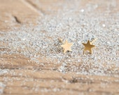 Tiny Star Stud Earrings 18kt Gold Filled