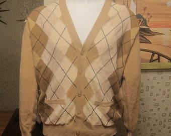 Beige 50s/60s Mens Vintage Argyle Button Up Sweater