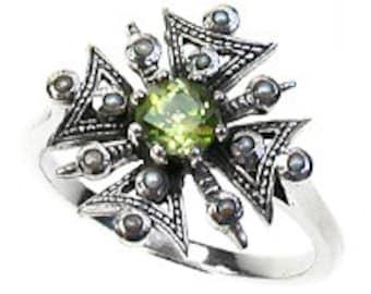 Platinum Peridot & Pearl Ring, Vintage Peridot Platinum Ring, Women's Peridot Pearl Ring, Antique Peridot Pearl Ring, Custom R211