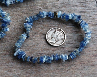 Blue Kyanite Stretchy String Bracelet B136