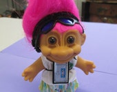 """Vintage RUSS collectible """" Dressed with sunglasses Troll""""  Walkman  pink hair doll only"""