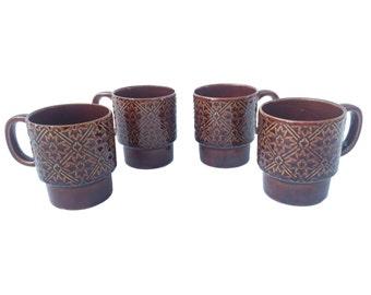 Vintage Mug Set