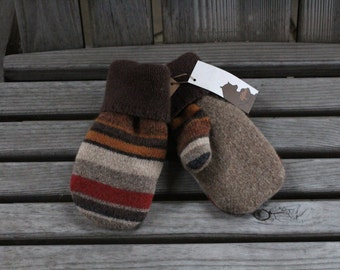 Child 3 to 5yr Brown Wool Mittens, Tan Sweater Mittens, Upcycled/Reclaimed Wool Sweater Mittens, Fleece Lined by Inspiring Dreams