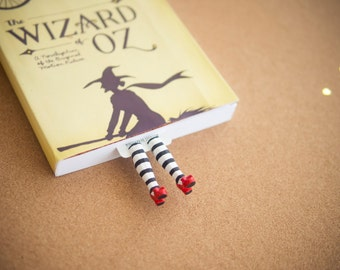 MYBOOKMARK // Wicked witch bookmark // Wizard of OZ collection // Handmade and crafted with love // Back to school gift //