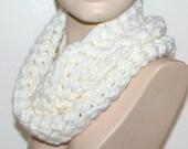 Infinity Chunky Scarf Cowl Cream White / Neutral Chunky Loop Scarf Crocheted Handmade Winter Accessory Idea by CzechBeaderyShop Women Teen