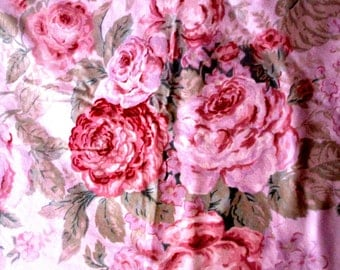 "DUVET ... Pale Pink w Roses 68 x 84"" Full / Queen Duvet cover"