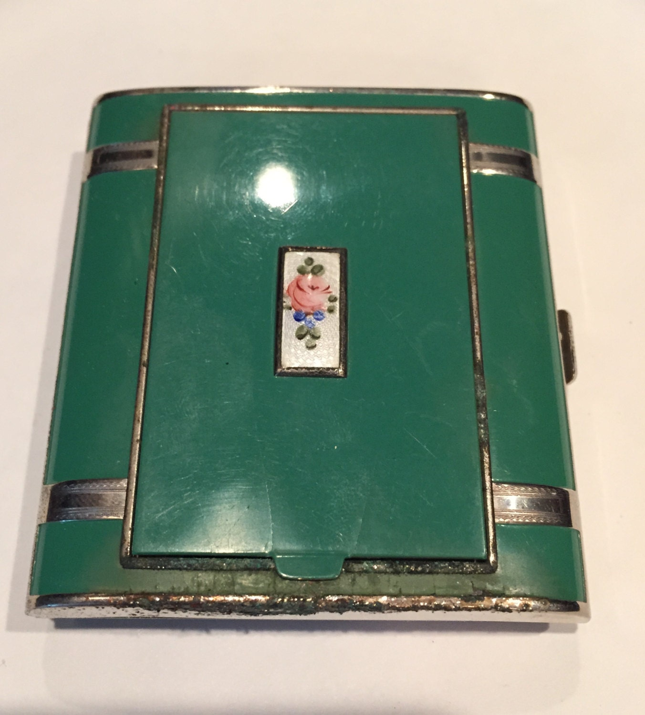 Vintage Compact Cigarette Case
