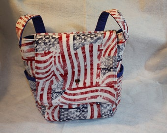 Patriotic USA Flag Handbag - Messenger    NEW