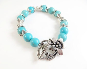 "Turquoise and silver bracelet   (7 1/2"")"