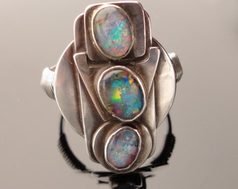 Opals in sterling silver geometry Ring size 10.5