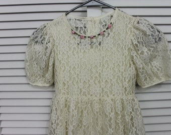 Vintage Girls Dress Lace Off White Wedding/Bridal/Confirmation