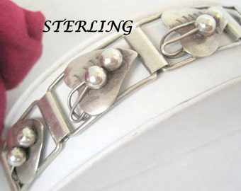 Sterling Silver Bracelet - Signed Mexico - Repousse Hearts Links