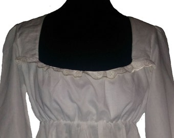Regency style nightdress with lace trim