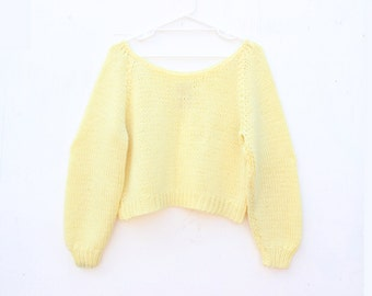 80s HAND KNIT Lemon Pastel Yellow Chunky Slouchy Scoop Neck Cropped Sweater