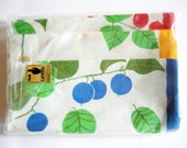 Set of 3 Pieces German Vintage Rustic Half Linen Kitchen Dish towels with Berries and Leaves from the 70ies  / new and unused