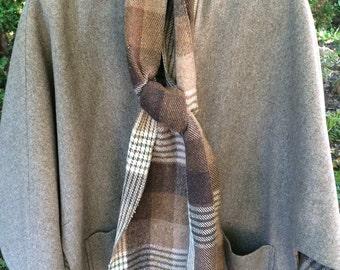 Vintage Ladies Wool Cape