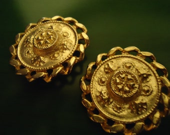 Vintage 1990s Boho Chic Golden Sheild Round Disc Earrings