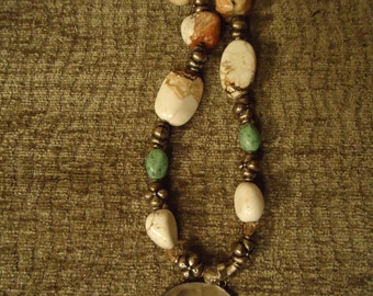 Handcrafted Boho Bold White Agate Necklace with Pearl Shell Pendant