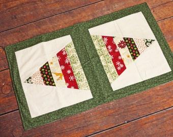 Christmas Table Runner, Holiday Table Runner, Table Topper, Holiday Decor, Christmas Tree, Table Runner, Christmas Fabric, Holiday Fabric