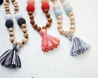Cotton Tassel Nursing Necklace, Mom Necklace, Breastfeeding,  Babywearing, Baby Toy, Applewood, Pure Cotton - FrejaToys