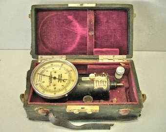 Vintage German Hand Tachometer Device Set in Original Box With Instruction