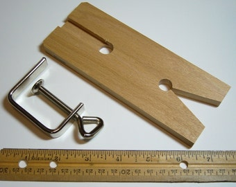 LAST PACKAGE - Metalsmith Supplies - Bench Pin & Clamp with V slot - German made - MS131