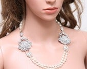 Pearl Crystal Hair Swag,Forehead Chain Headdress,Bridal Necklace,Crystal Pageant,Wedding Halo,Draping Crystal Headpiece,Pearl Hair Chain