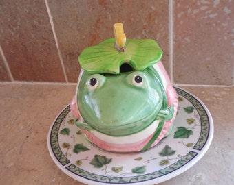 Vintage Cute ceramic Frog bowl  with lid on Ivy saucer, trinket box.