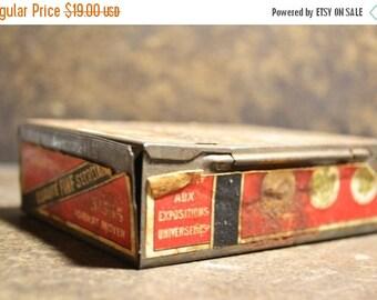 SALE Vintage French Le Khedive no 555 Tobacco Tin Metal Box