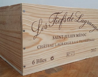 Wooden wine crate / storage box without a lid