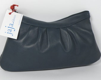"Pouch NAÏS in ""nattier"" blue"