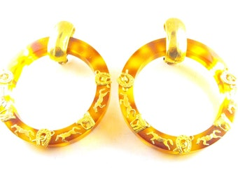 Vintage Earrings Equestrian Motif Gold Tone Horse Charms on Tortoiseshell Lucite Hoops Clip On Style Large Size