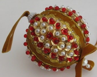 Vintage Beaded Christmas Tree Ornament, Gold, White and Red, Seasonal