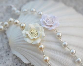 1 pcs Ivory Rose and Beaded Pearls Bracelet. White Rose and Beaded Pearls Bracelet. Bridal Rose and Pearls Bracelet.