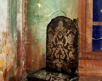 Black Pattern fairy chair
