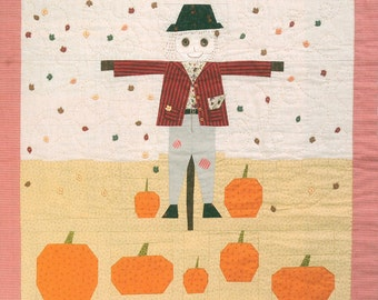 Friendly Scarecrow patchwork quilt kit / KIT with pattern and fabric