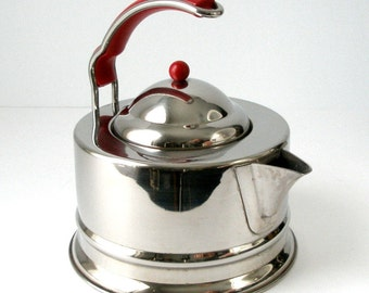 TEA KETTLE Italian Stainless Post Modern 10 Cup Inox 18/10 Off Set Handle Cherry Red Nylon Insert and Knob Danish MCMod Italy  Exc Condition