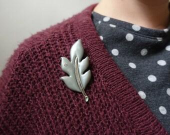 Grey leaf brooch pin autumn